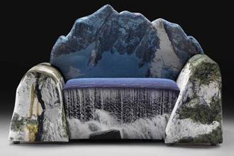 Đi-văng mô phỏng núi đá và thác nước