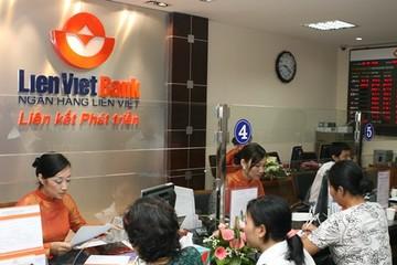 LienVietPostBank ưu đãi phí phát hành thẻ ghi nợ nội địa Liên kết phát triển