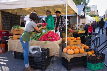 Đi thăm chợ nông sản tại Mỹ
