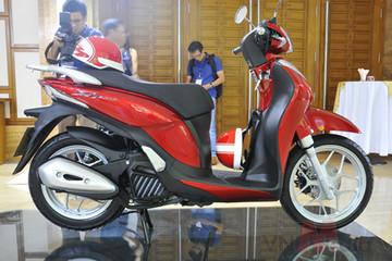 Honda SH mode bất ngờ đội giá 3 triệu đồng