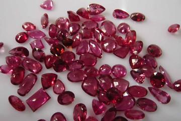 Đưa ngành đá quý Việt Nam hội nhập với khu vực và thế giới