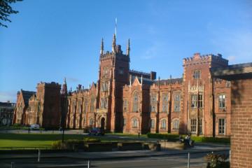 Học bổng 350 triệu đồng tại Đại học Queen's Belfast