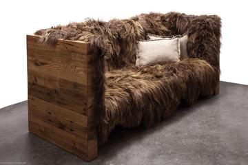Sofa bọc lông cừu của Sentient