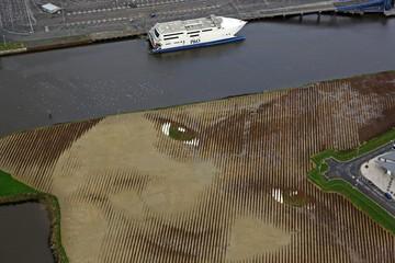 Đi trực thăng ngắm bức họa rộng...11 ha