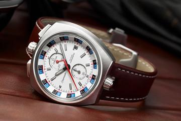 Đồng hồ phiên bản giới hạn Omega Seamaster Bullhead 2013