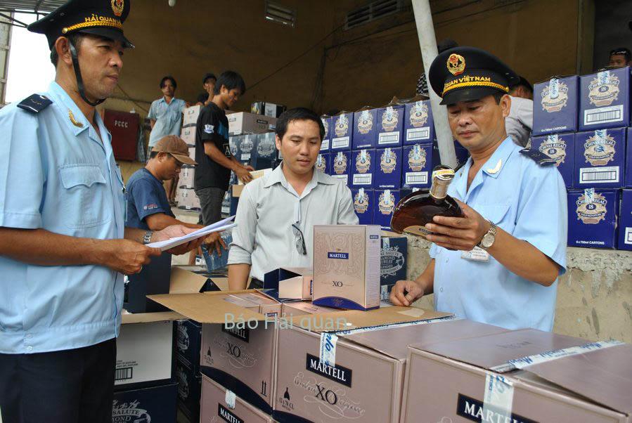 Hải quan TP HCM: Thu ngân sách bình quân 270 tỷ đồng/ngày