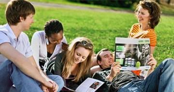 Ngày hội thông tin học bổng cho du học sinh