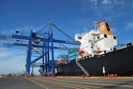 Doanh nghiệp logistics Việt khó vươn ra thị trường thế giới