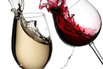 20 chai rượu vang hảo hạng nhất thế giới