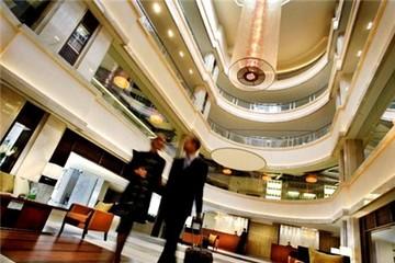 Dấu hiệu nhiều 'đại gia' muốn rút khỏi phân khúc khách sạn