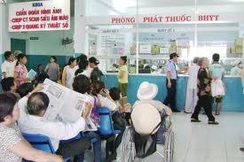 Chi 300 tỷ đồng mua thẻ bảo hiểm y tế cho người nghèo