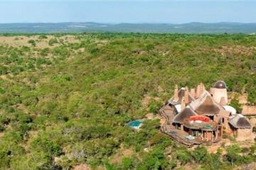 Villa xa hoa nơi châu Phi hoang dã