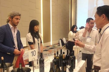 Doanh nghiệp VN đầu tư sản xuất rượu vang tại Pháp