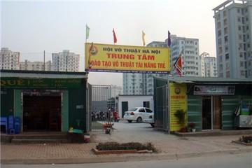 """Hà Nội: Đất dự án """"biến"""" thành sân bóng, nhà hàng"""