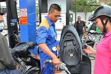 Nguyên tắc tăng giảm giá xăng dầu đã 'chết yểu' từ lâu?