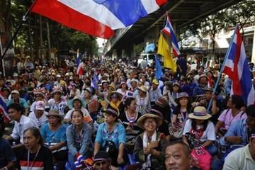 Người biểu tình Thái Lan chuyển hướng sang TTCK