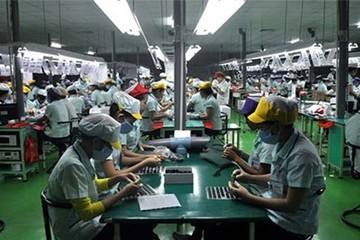 Công nhân Samsung, Nokia Việt Nam sống chung với