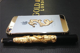 iPhone 5s khảm rồng đúc vàng nguyên khối về Việt Nam giá gần 200 triệu