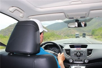 Thuê xe tự lái dịp tết: lo trước khỏi phiền sau