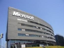 Hãng Microsoft có thành tích kinh doanh vượt kỳ vọng