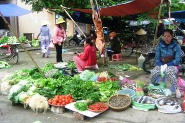 Hà Nội: Thị trường rau tết ế ẩm