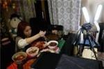Cô gái kiếm gần 200 triệu đồng/tháng bằng nghề ăn trực tuyến