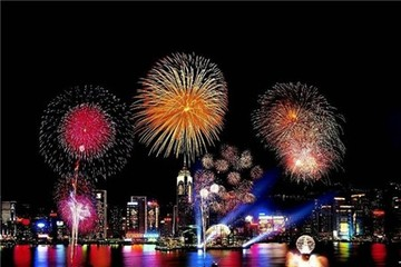 6.000 tấn pháo hoa sẵn sàng thắp sáng Hong Kong
