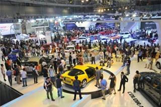 2014: Thị trường ô tô Việt Nam tăng nhẹ