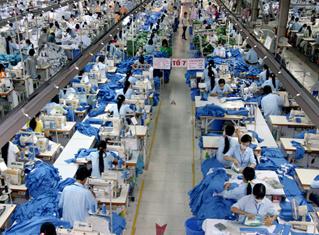 Dệt may, điện thoại dẫn đầu về giá trị xuất khẩu hàng hóa tháng 1