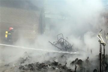 Cháy lớn tại xí nghiệp môi trường Ngũ Hành Sơn