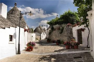 Ngôi làng Alberobello cổ tích của nước Ý