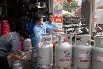 Giá gas giảm, chưa đủ níu kéo người tiêu dùng