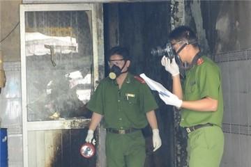TP.HCM: Hỏa hoạn thiêu rụi hàng tấn hóa chất tổng hợp