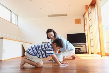 Cách làm sạch nhà khi trời nồm ẩm