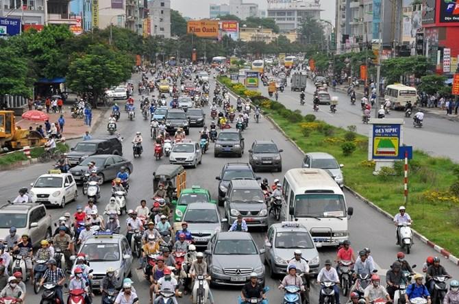 Hà Nội phân luồng giao thông để xây dựng trụ cầu đường sắt đô thị