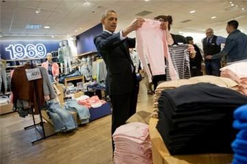 Obama mua áo 'made in Vietnam' tặng vợ