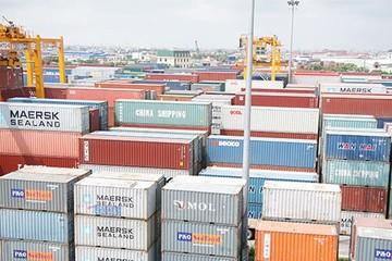 TPHCM: 24 container hàng NK chưa có người nhận