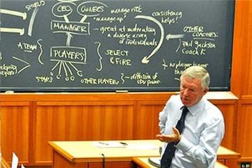 Sir Alex Ferguson trở thành giảng viên đại học Harvard