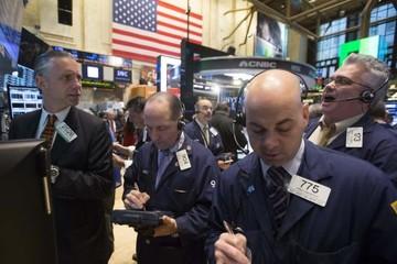 Cổ phiếu công nghệ tăng giúp chứng khoán Mỹ cắt đứt chuỗi 3 phiên giảm