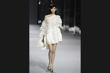Christian Dior giới thiệu BST xuân hè tại Hong Kong