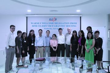 Elcom hợp tác với DFID và VBCF sản xuất Probiotics thế hệ mới trong chăn nuôi
