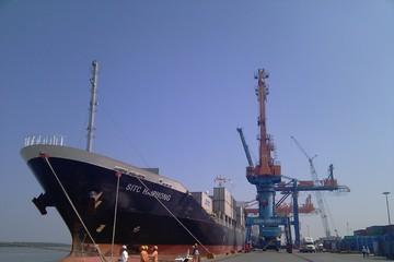 Cảng Đình Vũ: Cảng biển cung đã vượt cầu, 2014 đặt kế hoạch thấp hơn 2013