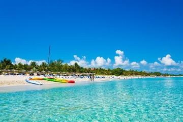 Đến thăm những quốc đảo xinh đẹp