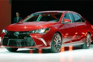 Toyota Camry Mỹ mới - rũ bỏ quá khứ