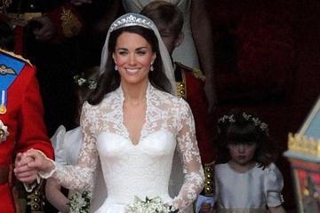 10 biểu tượng váy cưới nổi tiếng nhất thế giới