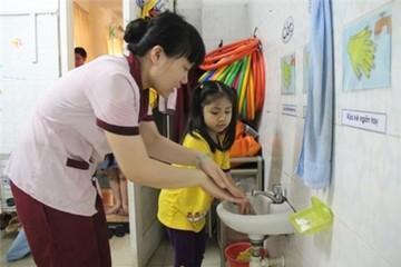 Trường học Hà Nội cuống cuồng phòng dịch sởi