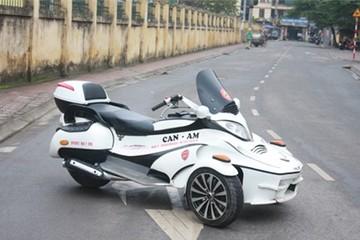 'Siêu môtô' Can-Am tự chế của người Việt