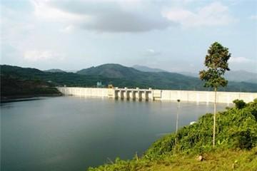 Thủy điện phải xả nước cho nông dân
