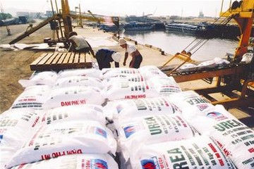 Doanh nghiệp phân bón trong nước gặp khó do phân bón Trung Quốc