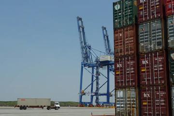 Thu thuế xuất nhập khẩu 4 tháng tăng 27%